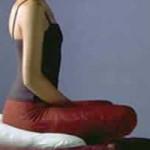Posición de meditación en siete puntos y respiración