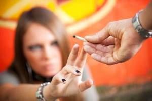 Cómo dejar de fumar marihuana: síntomas y adicción